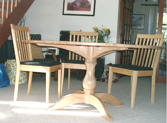Table in Oak